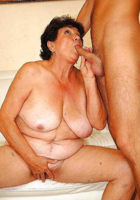 BBW Cock Suck Sex Pics