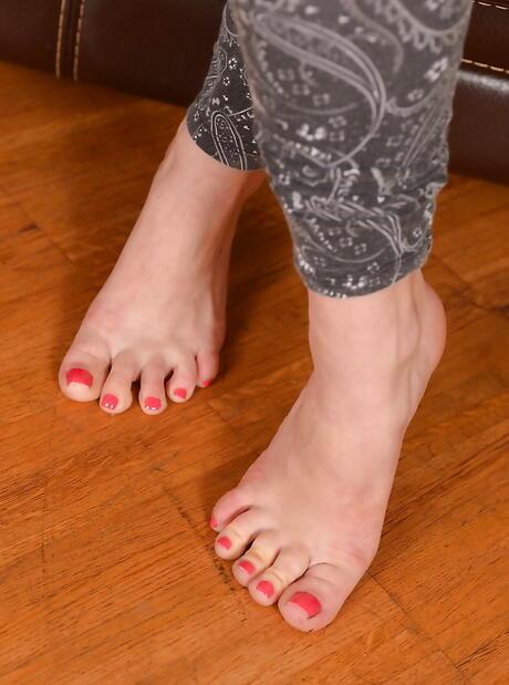 BBW Foot Fetish Sex Pics