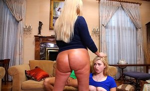 BBW Mom and Girl Sex Pics