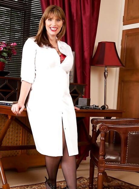 BBW Nurse Sex Pics