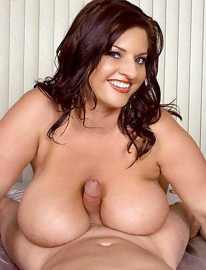 BBW Titjob Sex Pics