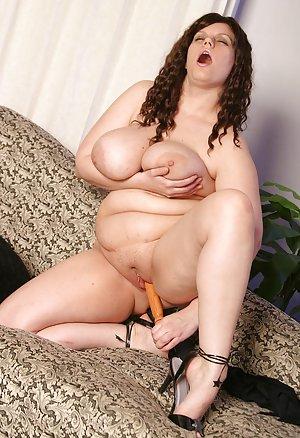 BBW Housewife Sex Pics