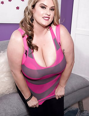 BBW Housewife Sex Pics