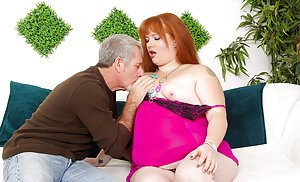BBW Kissing Sex Pics